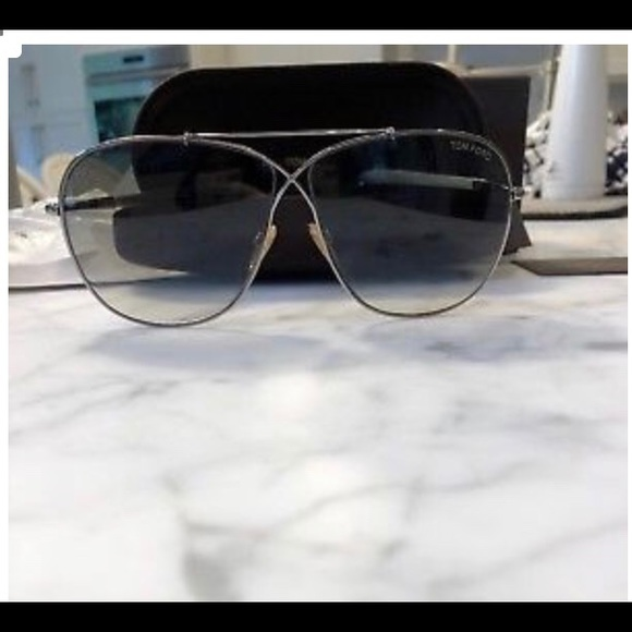 60e22693a572 Tom Ford NWOT April Sunglasses. M 5bc8f471e944ba75780ad390. Other  Accessories ...